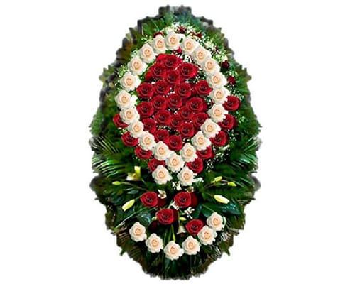 Фото венков из живых цветов - фото №1
